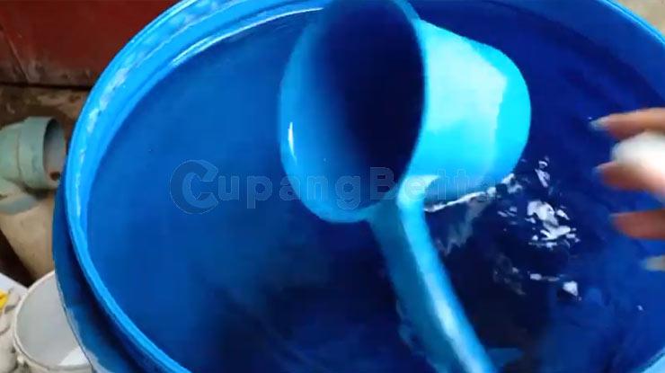 Menyiapkan Air Baru